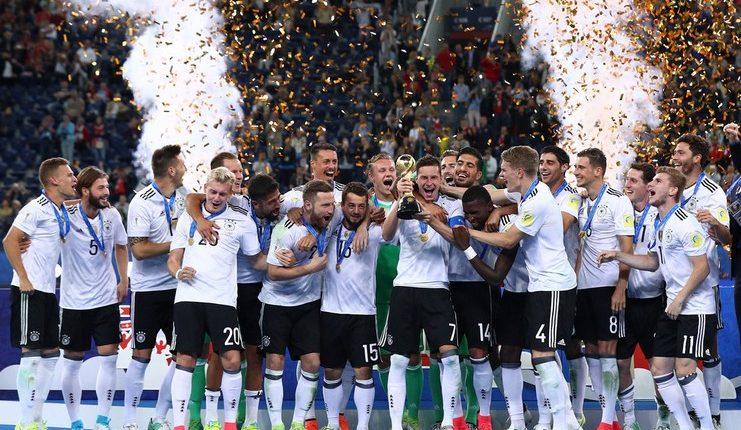 Footballstar Com Indonesia Pelatih Joachim Loew Kembali Tak Memanggil Sejumlah Pemain Yang Berjasa Mengantarkan Timnas Jerman Menjadi Juara Piala Dunia