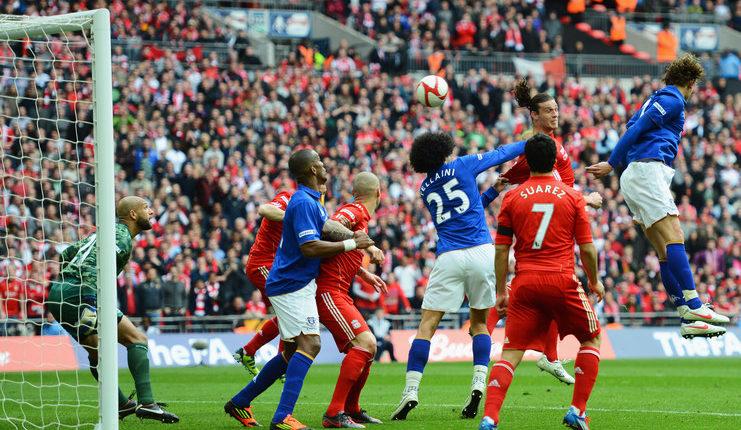 Liverpool saat menang 2-1 atas Everton di semifinal Piala Liga 2011-12.