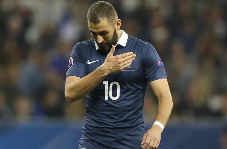 Karim Benzema telah lama tak mengenakan jersey Timnas Prancis. Menurut Presiden Federasi Sepak Bola Prancis, tak ada lagi tempat untuknya - Football5star - Goal.com