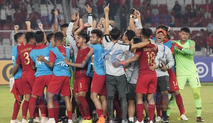 selebrasi kelolosan timnas u-19 ke perempat final piala afc u-19 2018-afc