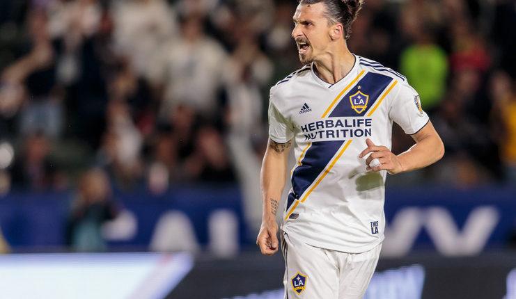 Leonardo memastikan Ibrahimovic batal kembali ke Milan dan tetap bertahan di LA Galaxy.