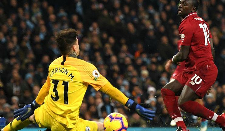 Ederson Moraes langsung juara Premier League pada musim pertamanya di Manchester City.