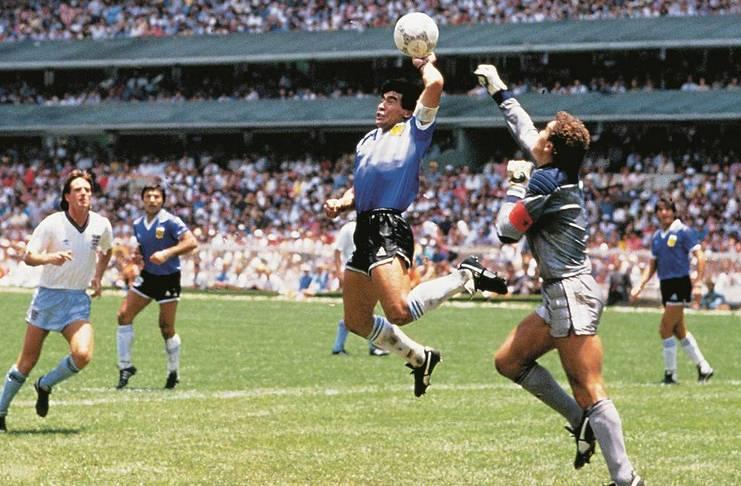 Diego Maradona yang Layak Dikenang Lebih dari Gol Tangan Tuhan - Football5star - AS