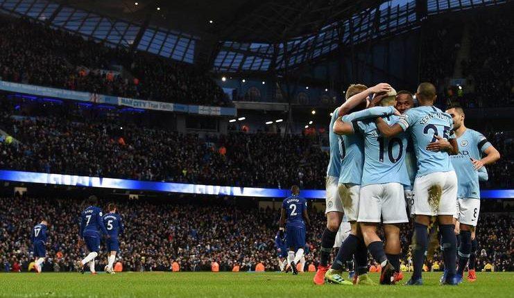 Guardiola mengingatkan Manchester City belum apa-apa dibanding Barcelona.