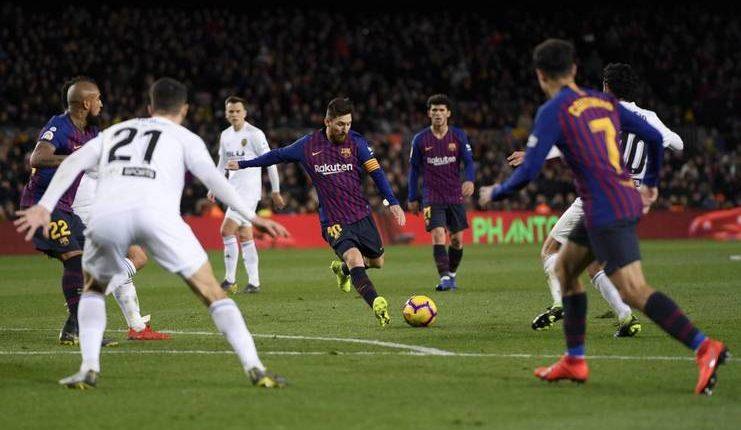 Lionel Messi punya peran sangat besar di Barcelona pada saat ini.