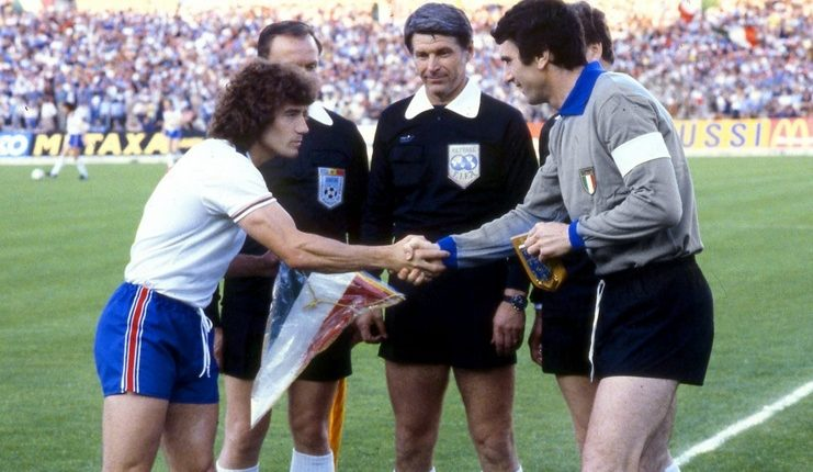 Michel Platini dan Dino Zoff Piala Dunia - Interleaning