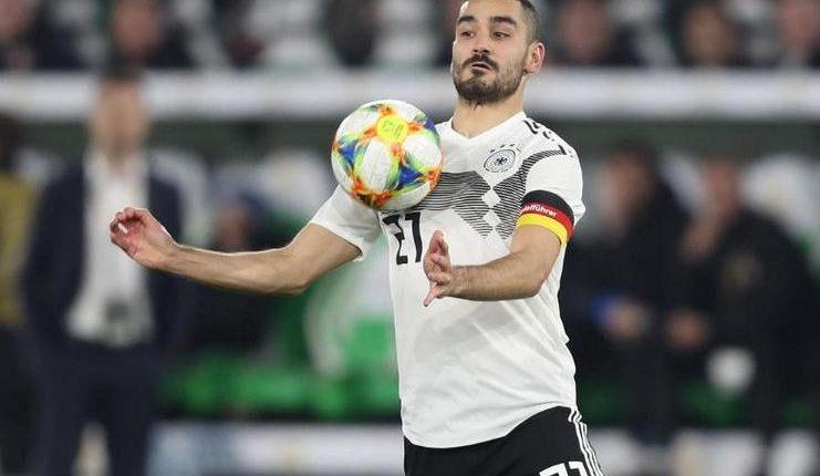Ilkay Guendogan jadi kapten timnas Jerman tapi masih saja mendapatkan pelecehan rasial dari oknum fan.