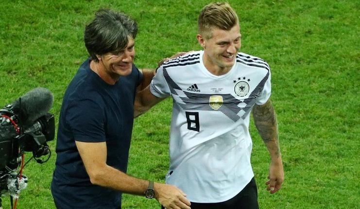 Joachim Loew pastikan Toni Kroos turun dalam laga Belanda vs Jerman.