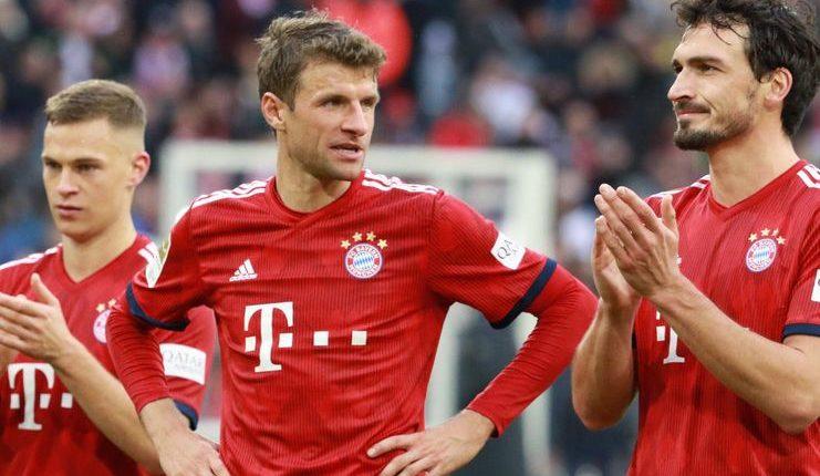 Joshua Kimmich menilai Joachim Loew kurang elegan dalam mendepak tiga bintang Bayern dari timnas Jerman.