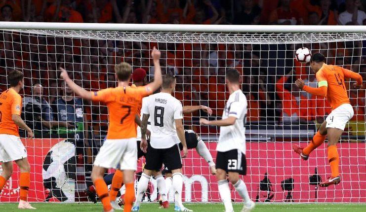 Kemampuan Virgil va Dijk di udara jadi perhatian khusus Joachim Loew jelang Belanda vs Jerman.