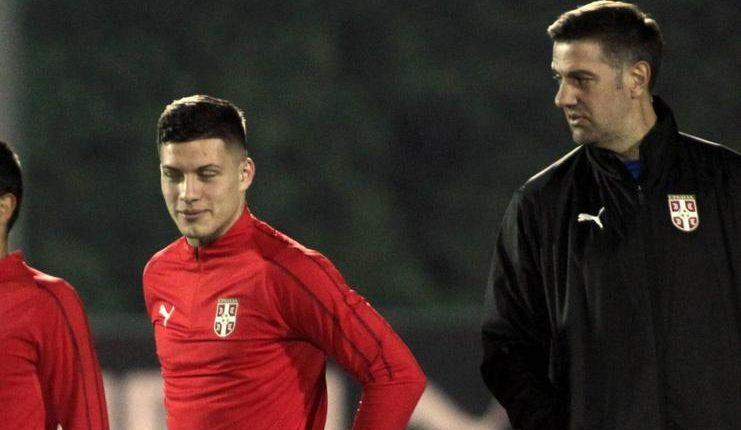 Mladen Krstajic menyamakan Luka Jovic dengan Luis Suarez yang jadi andalan Barcelona.