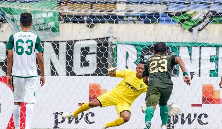 Persebaya dan PS TIRA Persikabo selalu bermain imbang dalam dua pertemuan di Piala Presiden.