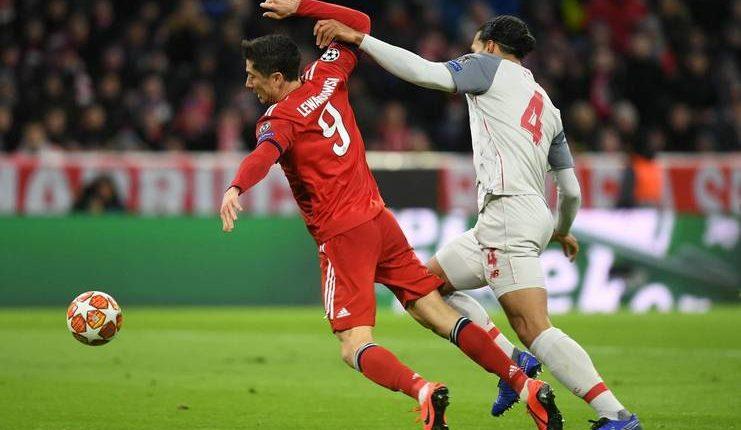 Robert Lewandowski heran Bayern Munich tak berani mengambil risiko saat melawan Liverpool.