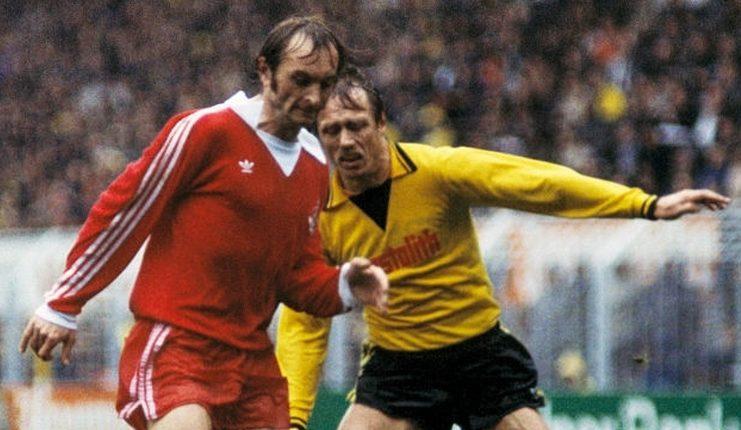 Roger van Gool adalah pemain pertama yang direkrut dnegan harga 1 juta Deutsche Mark oleh klub Bundesliga 1.