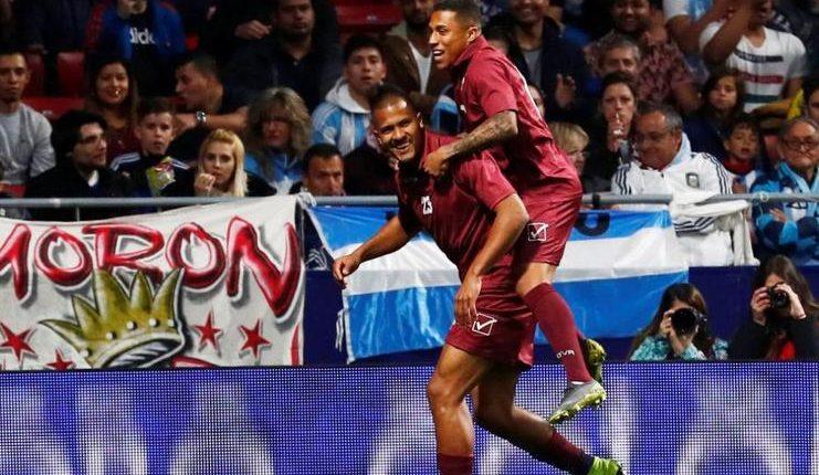 Salomon Rondon, striker timnas Venezuela, membuat gol pembuka kemenangan 3-1 atas timnas Argentina.