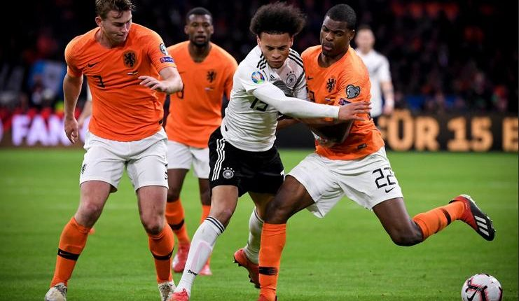 Timnas Belanda menurut Ronald Koeman harusnya coba pertahankan skor imbang saat lawan timnas Jerman.