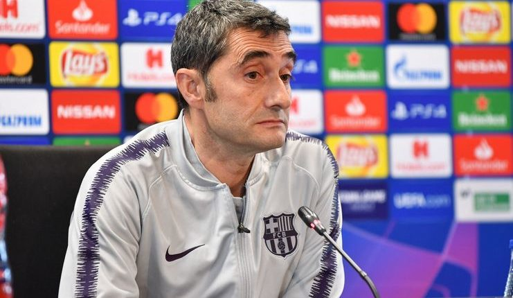 Ernesto Valverde menegaskan Barcelona harus mewaspadai rekor tandang Manchester United.