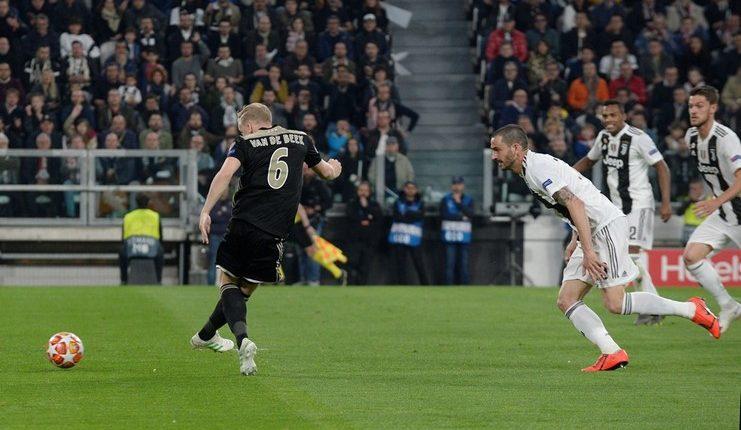 Juventus - Ajax - Van der Beek - Football5star