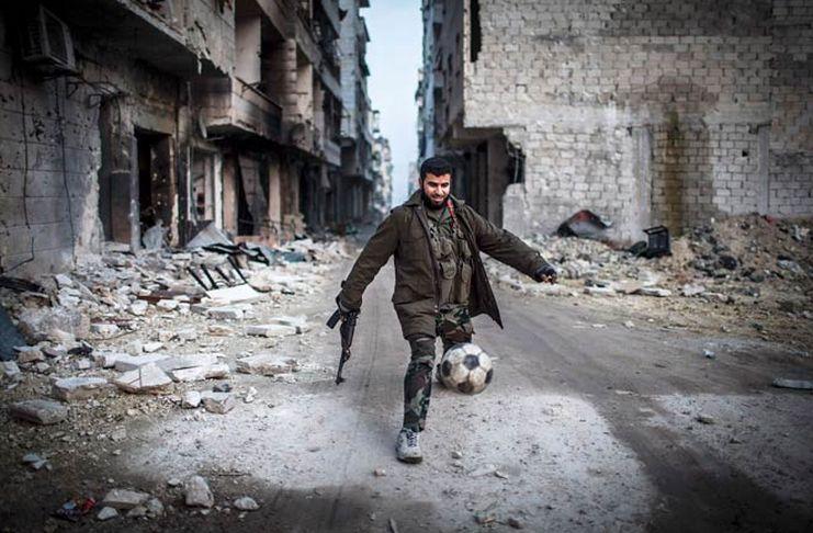 Perjuangan Menjadi Ultras Sepak Bola di Suriah