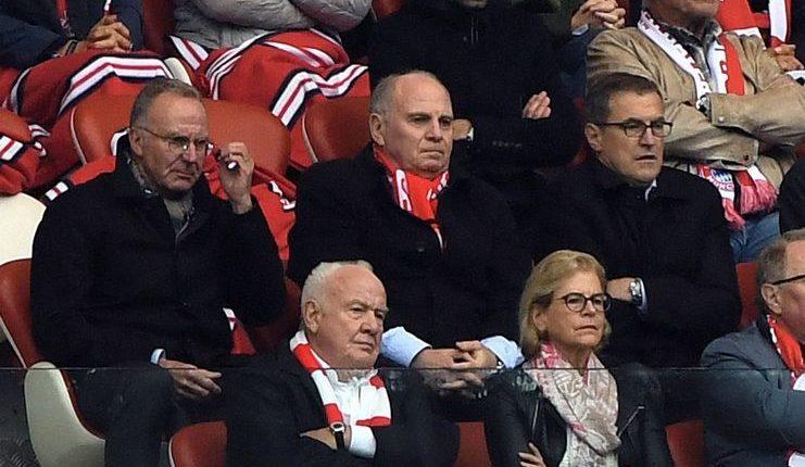 Keraguan para petinggi Bayern Munich terhadap Niko Kovac dikritisi oleh Stefan Effenberg.