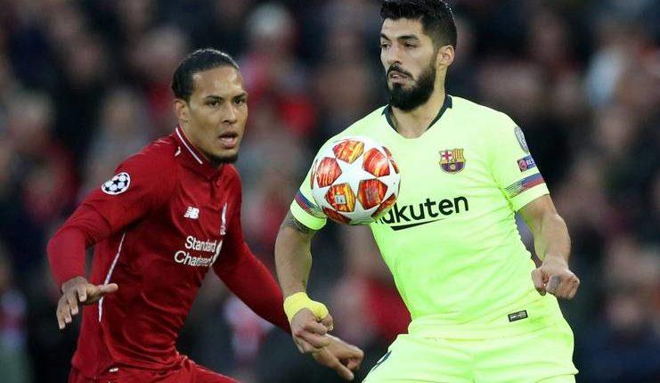 Luis Suarez menilai remontada yang dilakukan Liverpool dan AS Roma harus membuat Barcelona bangkit.