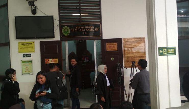 Sidang Kedua Joko Driyono di Pengadilan Negeri Molor Dari Jadwal - Football5star