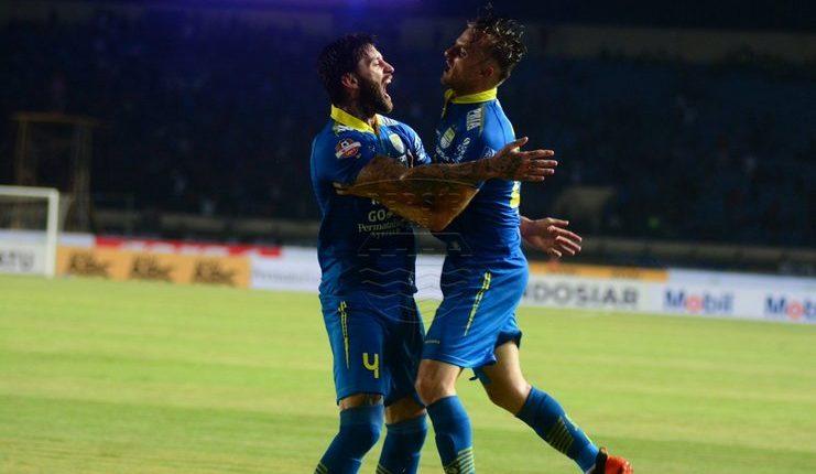 Persib Bandung - Football5star - Tira Persikabo