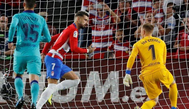 Lima catatan buruk dibukukan Barcelona saat kalah di kandang Granada pada lanjutan LaLiga.