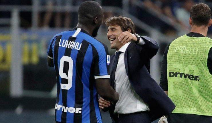 Romelu Lukaku dinilai Roberto Martinez makin terlihat bahagia sejak pindah ke Inter Milan.
