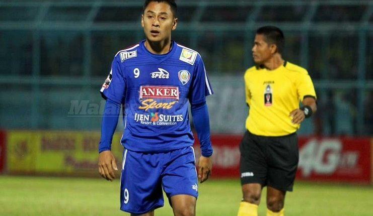 Samsul Arif - Arema - Football5star - Persib