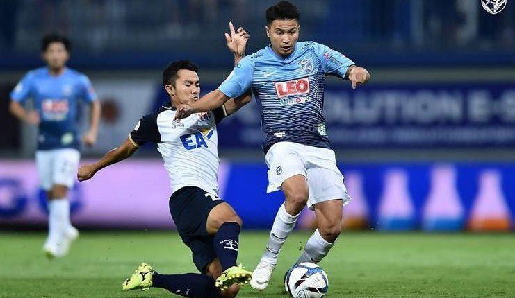 Thitipan Puangchan - Thailand - Football5star