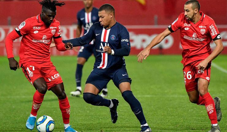 Kylian Mbappe dinilai sebagai sosok yang patut jadi teladan oleh Rio Ferdinand