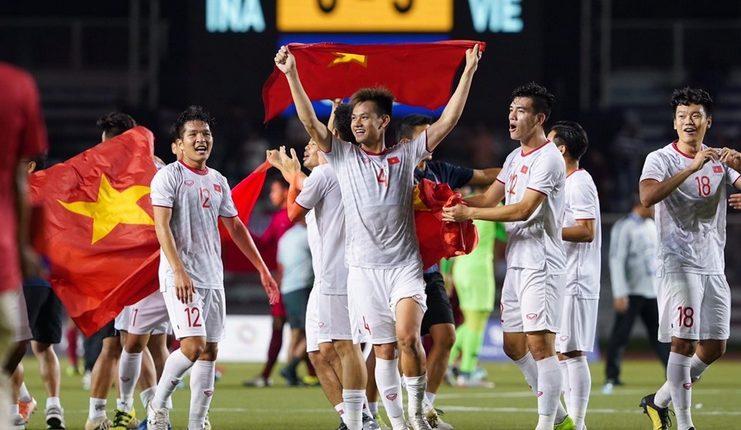 Timnas Vietnam bersama Park Hang-seo akan jadi ancaman terhadap ambisi Indonesia berjaya di kancah internasional.