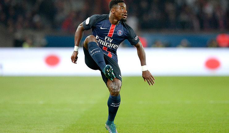 """Serge Aurier telah membela Paris Saint-Germain pada 2014 hingga 2017. """"class ="""" wp-image-300192"""